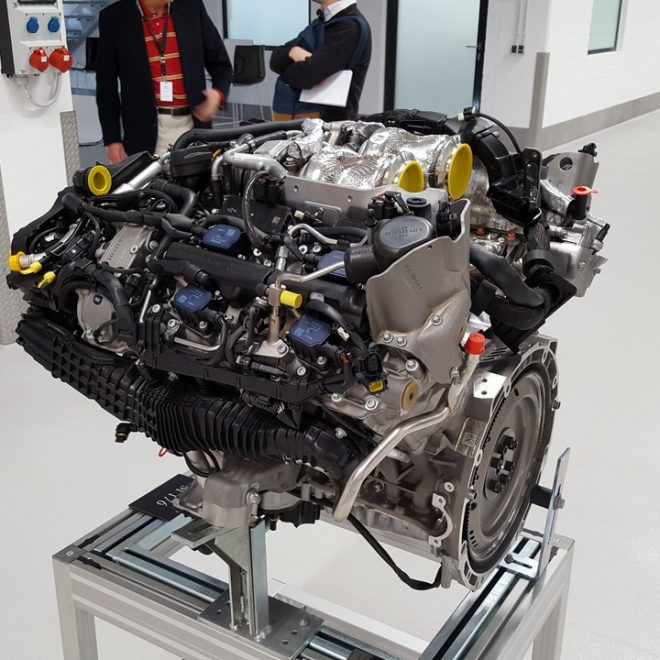 Mercedes M 176